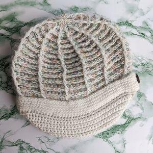 Lululemon The Sneaky Brim Toque Vintage Knit hat